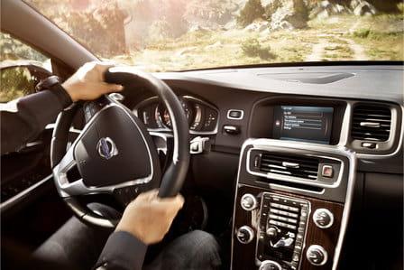 Volvo S60 Cross Country (od 06/2015) 2.0, 140 kW, Naftový