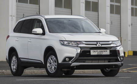 Mitsubishi Outlander 2.0 ClearTec Intense 4WD CVT-Automatic