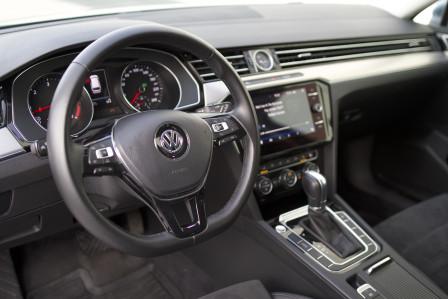 Volkswagen Passat Variant (od 10/2014) Highline R-paket