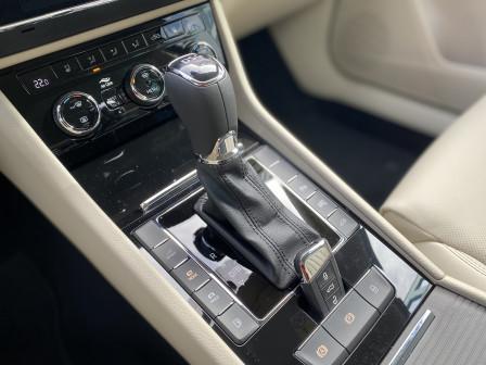 Škoda Superb Combi (od 07/2019) L&K