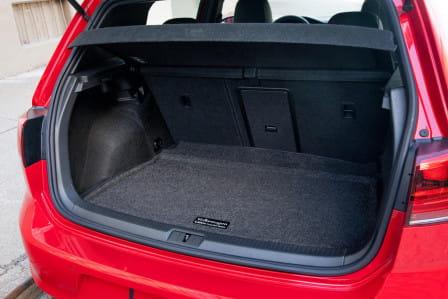 Volkswagen Golf (od 03/2017) 1.5, 96 kW, Benzinový, Automatická převodovka