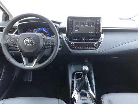 Toyota Corolla Sedan (od 12/2016) Comfort