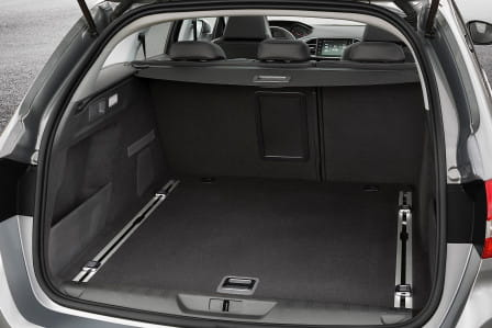 Peugeot 308 SW (od 06/2017) 1.2, 96 kW, Benzinový, Automatická převodovka