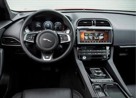 Jaguar F-Pace (od 01/2016) 2.0, 132 kW, Naftový, 4x4, Automatická převodovka