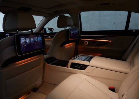 BMW Řada 7 (od 10/2015) 4.4, 330 kW, Benzinový, 4x4, Automatická převodovka