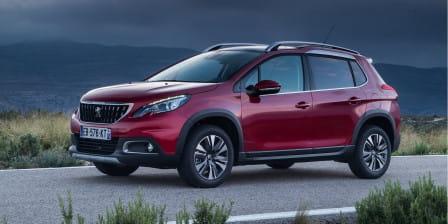 Peugeot 2008 (od 04/2016) 1.2, 96 kW, Benzinový