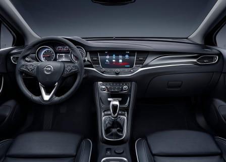 Opel Astra (od 10/2015) 1.6, 147 kW, Benzinový, Automatická převodovka