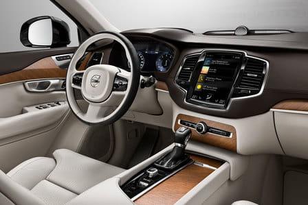 Volvo XC90 (od 01/2015) 2.0, 295 kW, Hybridní, 4x4, Automatická převodovka