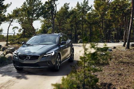 Volvo V40 (od 04/2016) 1.5, 90 kW, Benzinový, Automatická převodovka