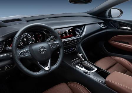 Opel Insignia Country Tourer (od 06/2017) 2.0, 191 kW, Benzinový, 4x4, Automatická převodovka