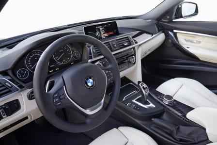 BMW 318i Luxury Line Steptronic