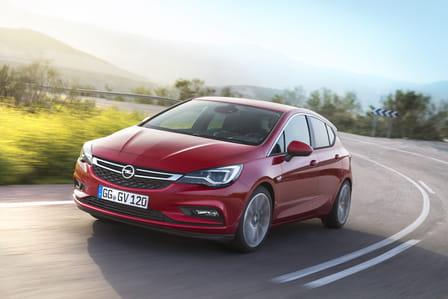 Opel Astra (od 10/2015) 1.0, 77 kW, Benzinový