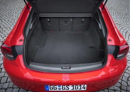 Opel Insignia Grand Sport (od 07/2017) 2.0 CDTi, 125 kW, Naftový, Manuální převodovka, 4x4