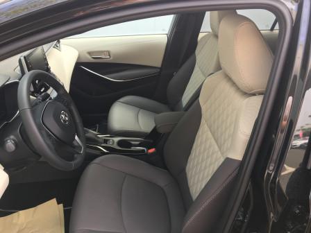 Toyota Corolla Sedan (od 12/2016) Executive