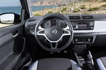 Škoda Fabia (11/2014 - 06/2018) Style