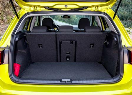 Volkswagen Golf (od 12/2019) 1.0, 81 kW, Benzinový