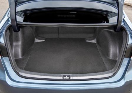 Toyota Corolla Sedan (od 12/2016) 1.6, 97 kW, Benzinový, Automatická převodovka