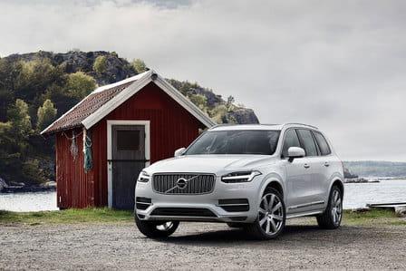 Volvo XC90 (od 01/2015) 2.0, 184 kW, Benzinový, 4x4, Automatická převodovka