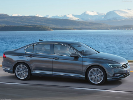 Volkswagen Passat Sedan (od 08/2019) Business