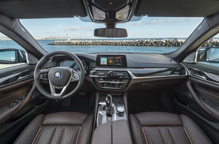 BMW Řada 5 Sedan (od 02/2017) 2.0, 185 kW, 4x4, Hybridní, Automatická převodovka