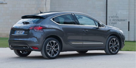 DS Automobiles DS 4 BlueHDi 120 Stop&Start So Chic