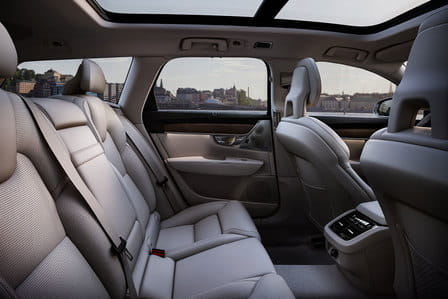 Volvo V90 (od 09/2016) 2.0, 140 kW, Naftový, Automatická převodovka