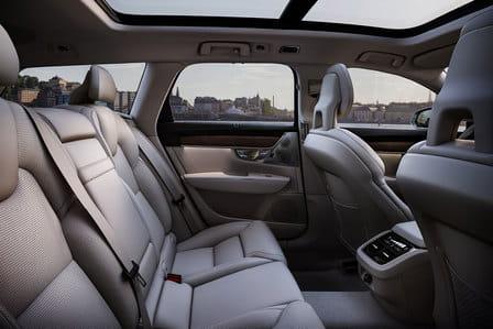 Volvo V90 (od 09/2016) 2.0, 110 kW, Naftový, 4x4, Automatická převodovka