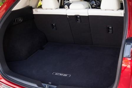 Mazda CX-5 (od 02/2015) 2.0, 121 kW, Benzinový