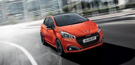 Peugeot 208 (od 06/2015) 1.2, 60 kW, Benzinový