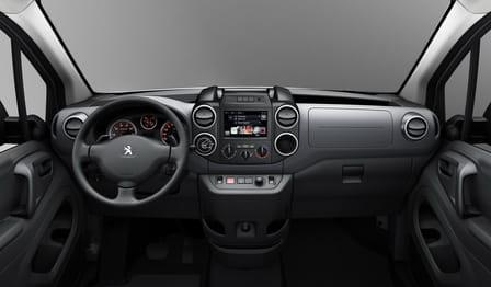 Peugeot Partner Tepee (od 04/2015) 1.2, 81 kW, Benzinový