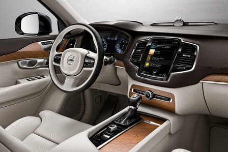 Volvo XC90 (od 01/2015) 2.0, 171 kW, Naftový, 4x4, Automatická převodovka