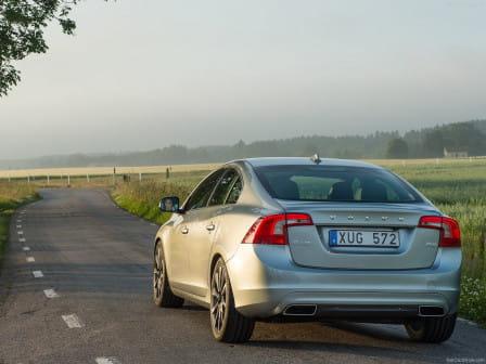 Volvo S60 T6 R-design Geartronic