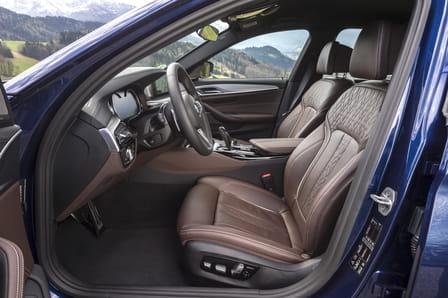 BMW Řada 5 Sedan (od 02/2017) 4.4, 340 kW, Benzinový, 4x4, Automatická převodovka