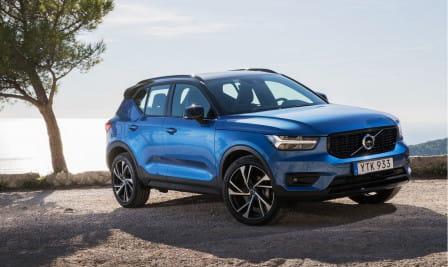 Volvo XC40 (od 02/2018) 2.0, 140 kW, Naftový, 4x4, Automatická převodovka