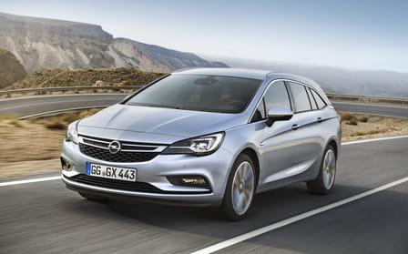 Opel Astra Sports Tourer (od 03/2016) 1.4, 110 kW, Benzinový, Automatická převodovka