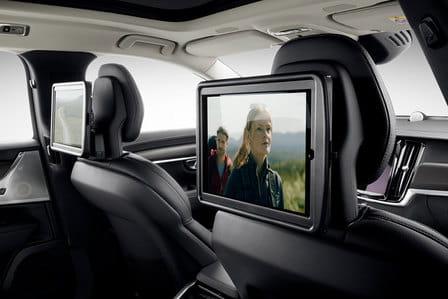 Volvo V90 Cross Country (od 11/2016) 2.0, 187 kW, Benzinový, 4x4, Automatická převodovka