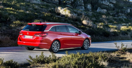 Opel Astra Sports Tourer (od 03/2016) Enjoy