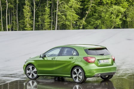 Mercedes-Benz Třída A (od 09/2015) 250, 155 kW, Benzinový, Automatická převodovka